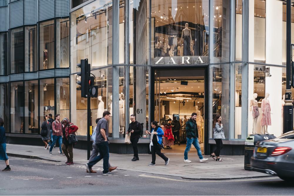 La storia di Zara, il brand che ha cambiato le regole della moda