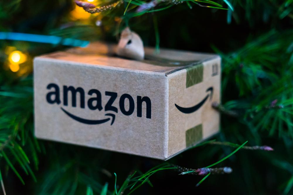 Natale senza Amazon: il boicottaggio è davvero la soluzione per salvare le piccole aziende?