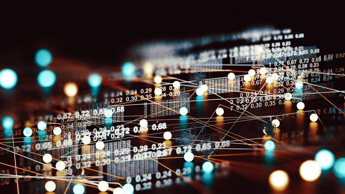 """""""Molte aziende non sono pronte per il digitale. Proteggersi dalle fake news che danneggiano il business è fondamentale"""": intervista a Rosbeh Zakikhani, CEO e founder di Deephound"""