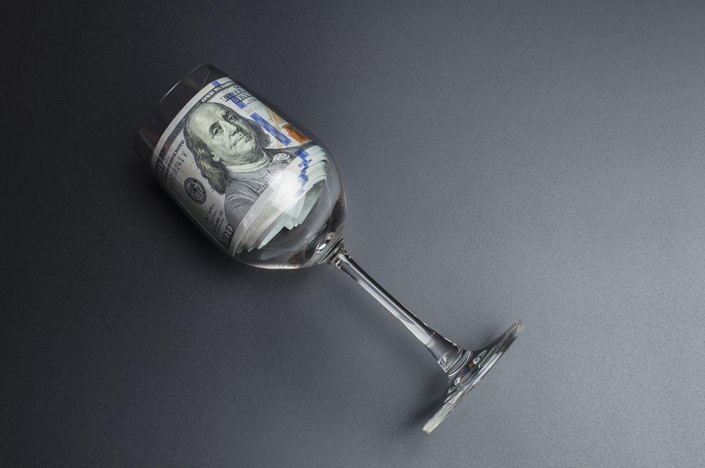 Crescita stabile e nessuna tassazione: ecco perché oggi conviene investire in vini pregiati