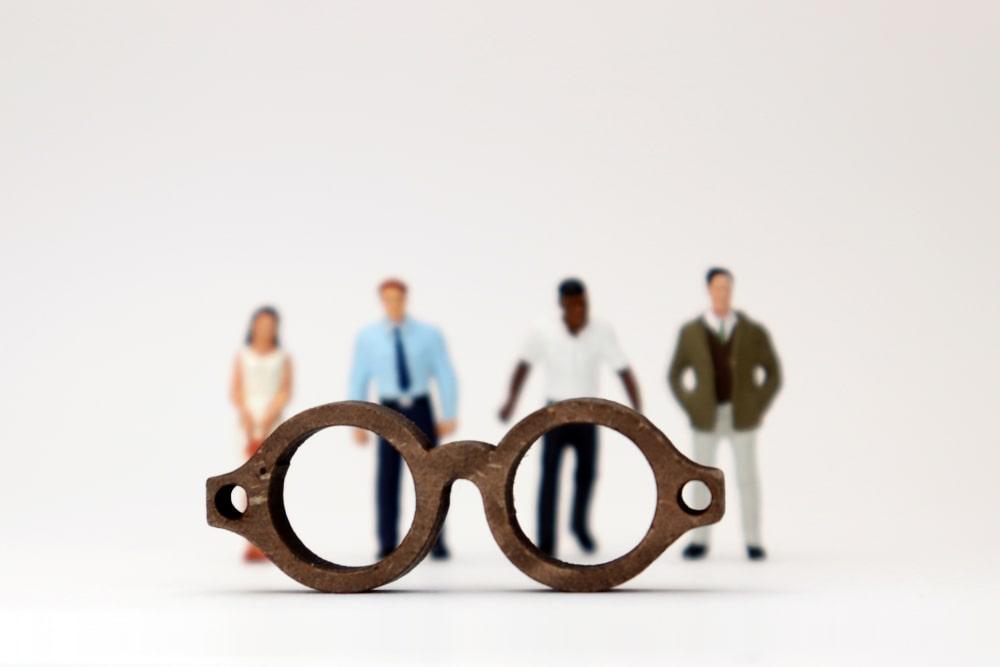 """Unconscious Bias. Cosa sono i """"pregiudizi impliciti"""" e perché sono un ostacolo nel mondo del lavoro"""