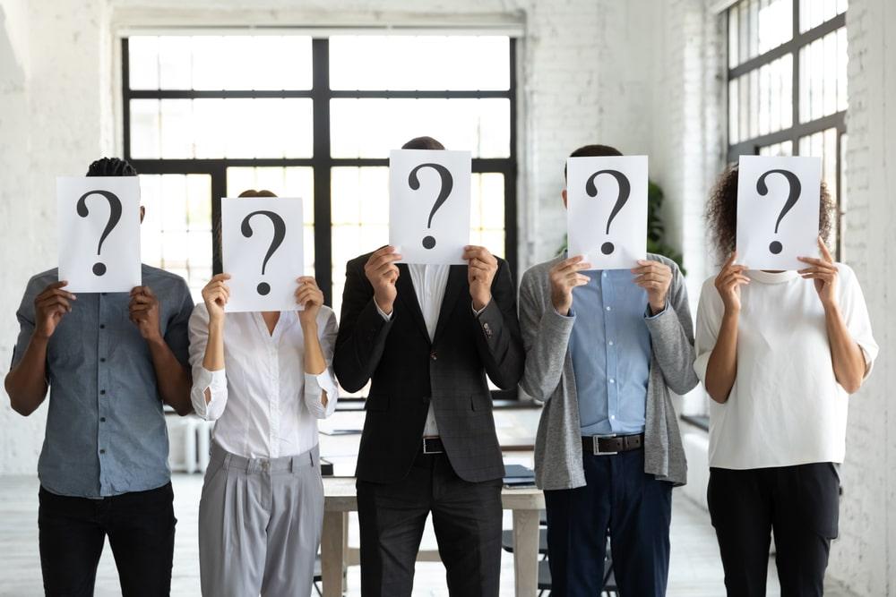 Selezionare il personale in base al merito. Il metodo Blind Hiring in Italia con Just Knock