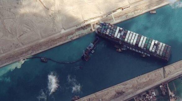 gigantismo navale blocco suez