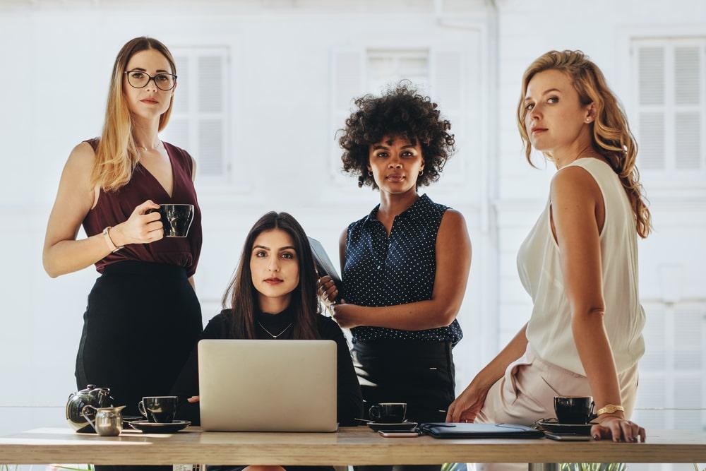 Tra imprenditoria femminile e self care, ecco com'è nata Grls, la media company dedicata alle donne