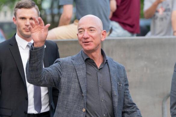 Jeff Bezos lascia Amazon