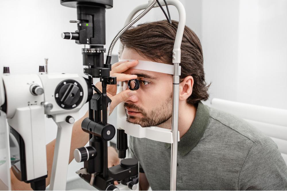 Rivoluzione tecnologica made in Italy: via alla sperimentazione umana della prima retina artificiale liquida