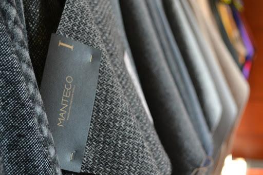 Ad Altaroma il premio Manteco: l'azienda leader mondiale nella produzione di tessuti di lusso supporta i giovani designers
